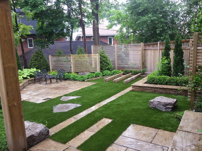 gorgeous-synthetic-lawn-for-home